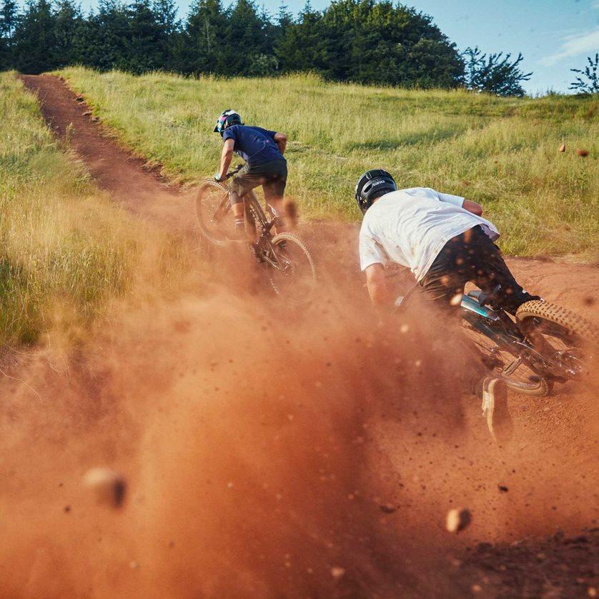 Moterra Neo | E- Mountain Bikes | Cannondale
